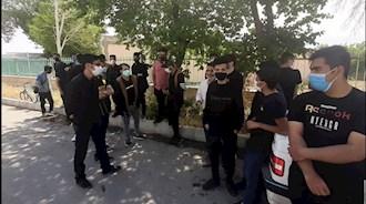 اعتراض دانشآموزان گلپایگان بدلیل برگزاری امتحانات حضوری