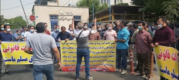 -تجمع اعتراضی بازنشستگان شرکت واحد - 3