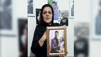 حمایت مادر نوید بهبودی شهید قیام آبان۹۸ از اعتصاب سراسری کارگران پالایشگاهها
