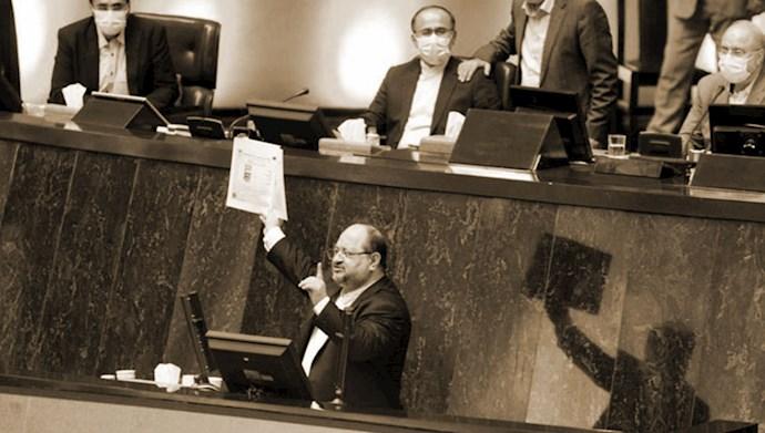 کارت زرد مجلس ارتجاع به وزیر کار  دولت آخوند روحانی
