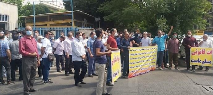-تجمع اعتراضی بازنشستگان شرکت واحد - 2