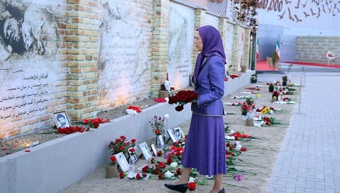 بازدید خانم مریم رجوی از یادواره سربداران سال ۶۷ و فراخوان به محاکمه بینالمللی خامنهای، رئیسی و اژهای به جرم نسلکشی و جنایت علیه بشریت - 8
