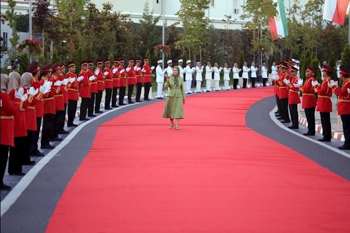 مریم رجوی رئیسجمهور برگزیده مقاومت ایران - گردهمایی جهانی ایران آزاد -۱۹تیر ۱۴۰۰ - 5