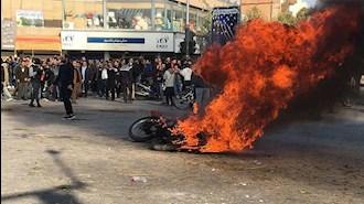 آتش خشم به جان آخوندهای حاکم