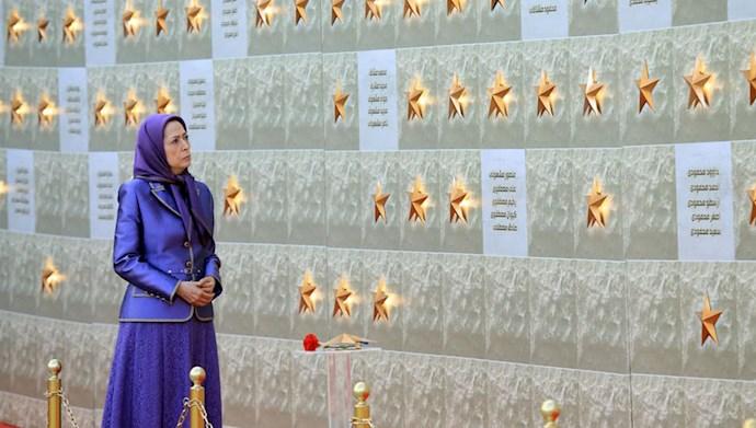 بازدید خانم مریم رجوی از یادواره سربداران سال ۶۷ و فراخوان به محاکمه بینالمللی خامنهای، رئیسی و اژهای به جرم نسلکشی و جنایت علیه بشریت - 12