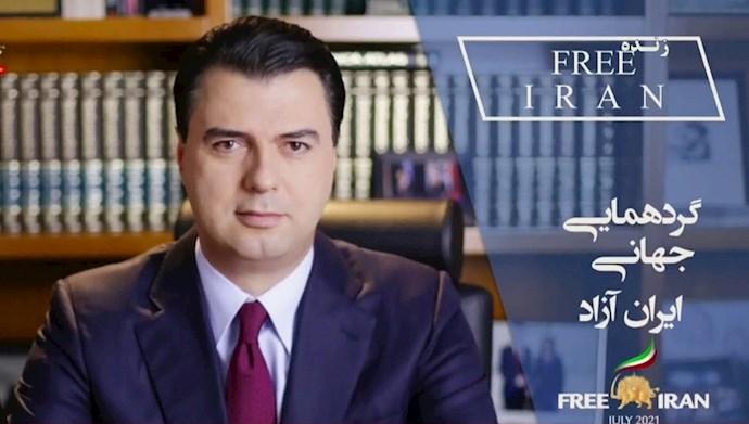 لولزیم باشا رهبر حزب دمکراتیک آلبانی- وزیر خارجه ۲۰۰۹