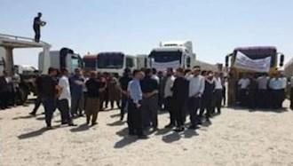 اعتصاب رانندگان در مرز پرویز خان