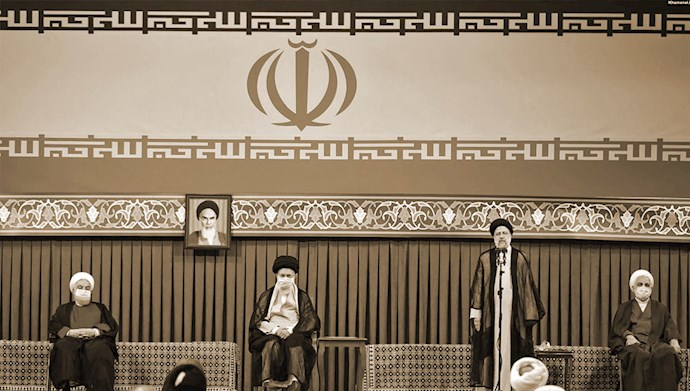 تنفیذ آخوند جلاد ابراهیم رئیسی در حضور خامنهای