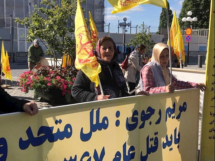 تظاهرات ایرانیان آزاده و بستگان مجاهدان سربهدار مقابل پارلمان سوئد -۹شهریور - 4