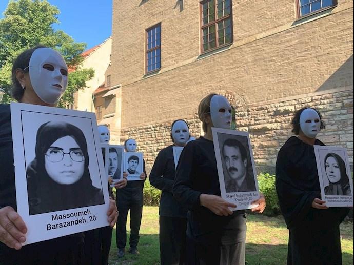 -تظاهرات هواداران مجاهدین
