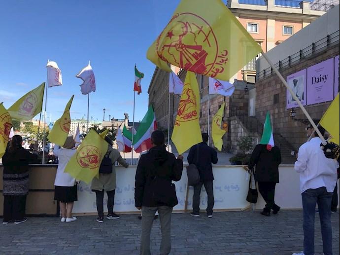 تظاهرات ایرانیان آزاده و بستگان مجاهدان سربهدار مقابل پارلمان سوئد -۹شهریور - 6