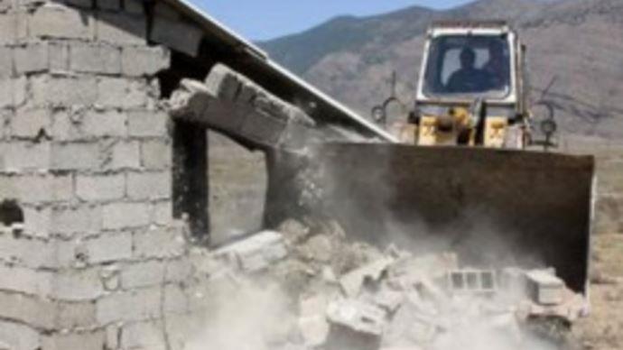 تخریب خانه های ساده مردم توسط عوامل آخوندها