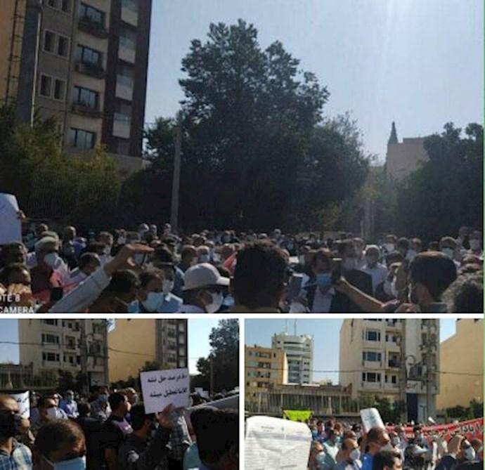 -تجمع اعتراضی معلمان استان فارس