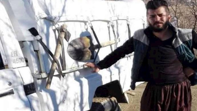 """کولبر زحمتکش از هموطنان کرد به نام """"رسول کریمی"""""""