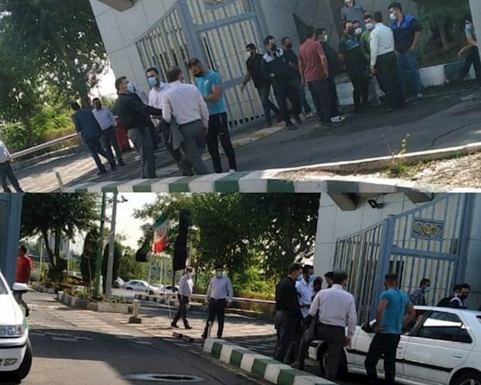 -تجمع اعتراضی کارگران مجموعه ورزشی آزادی
