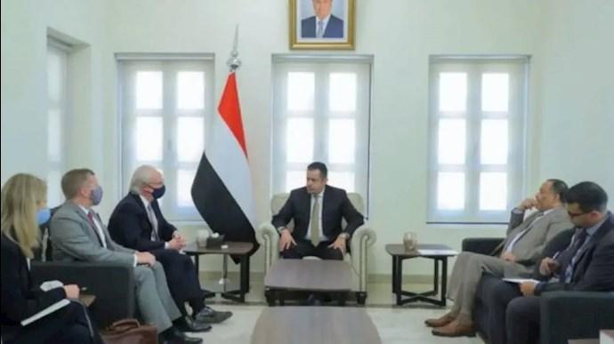 دیدار معین عبدالملک وتیم لیندرکینگ، فرستاده ویژه آمریکا به یمن