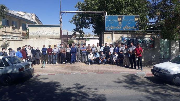 -تجمع اعتراضی معلمان دیواندره- اول مهر۱۴۰۰