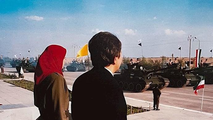 مسعود و مریم رجوی - رژه تانکهای ارتش آزادیبخش ملی ایران